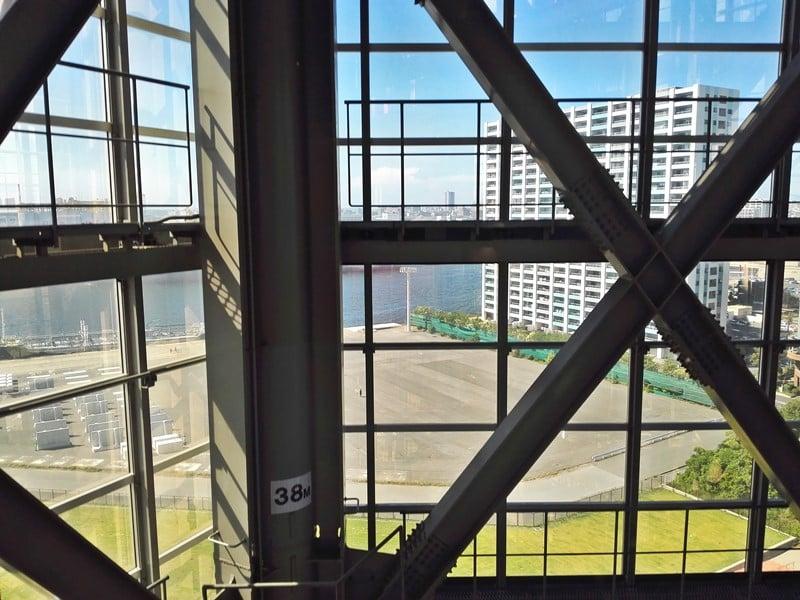 千葉ポートタワーエレベーター