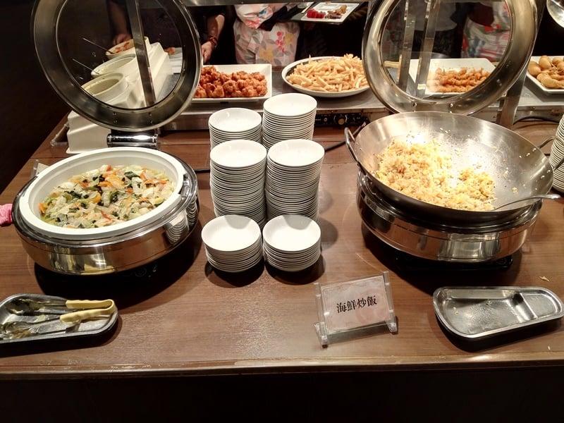 海鮮炒飯、 豚肉と夏野菜の塩炒め